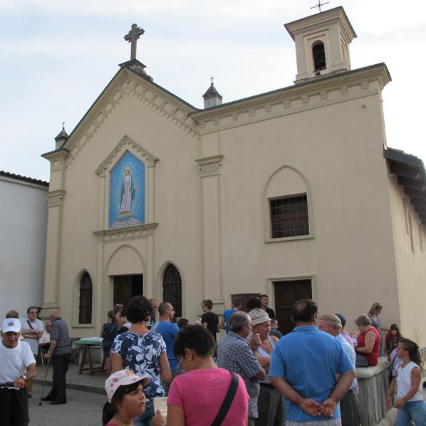 TettiGiro–chiesa