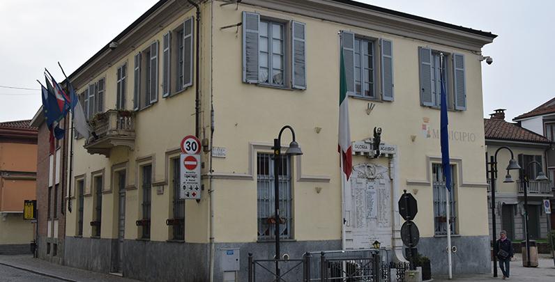 Santena_PalazzoMunicipale_02112014