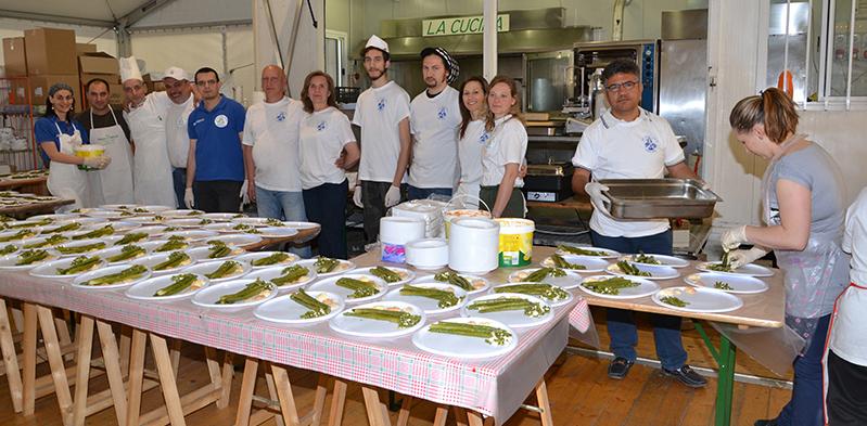 Gruppo cucina Asparisagra 2014