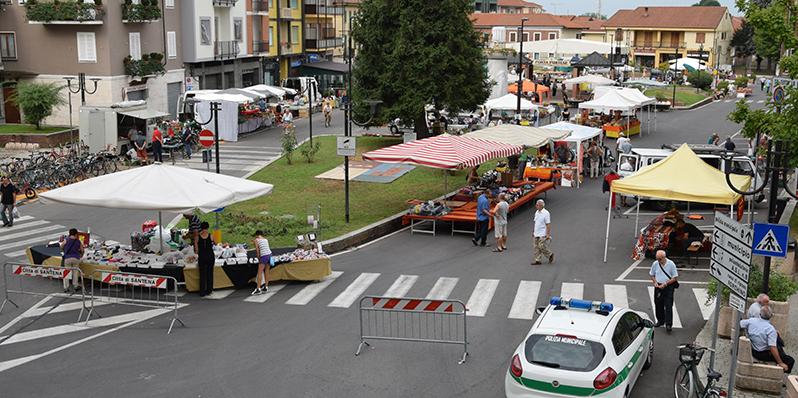 Santena_PiazzaMartiri_ago2015