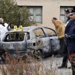 Corpi carbonizzati:uno era in cofano auto, ridotti scheletri