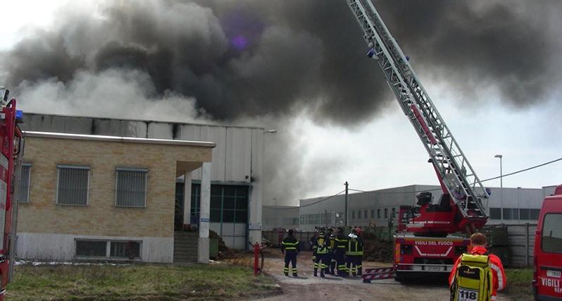 santena-incendio-pegaso_archivio